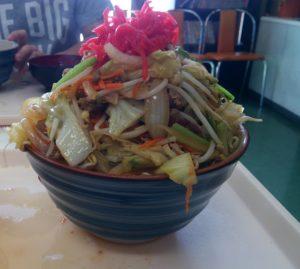 Niku Soba of Habu restaurant, Speaking of Okinawa's large serving cafeteria is here