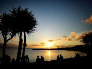 Chatan Mihama Sunset Beach with a beautiful setting sun, here is recommended if you play in Chatan