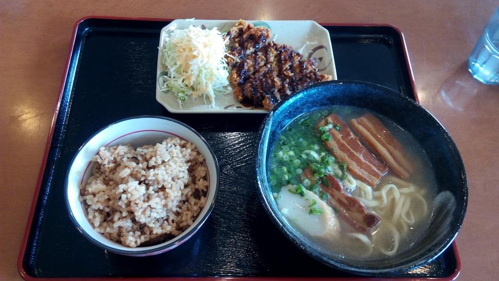 shops recommended Okinawa soba set
