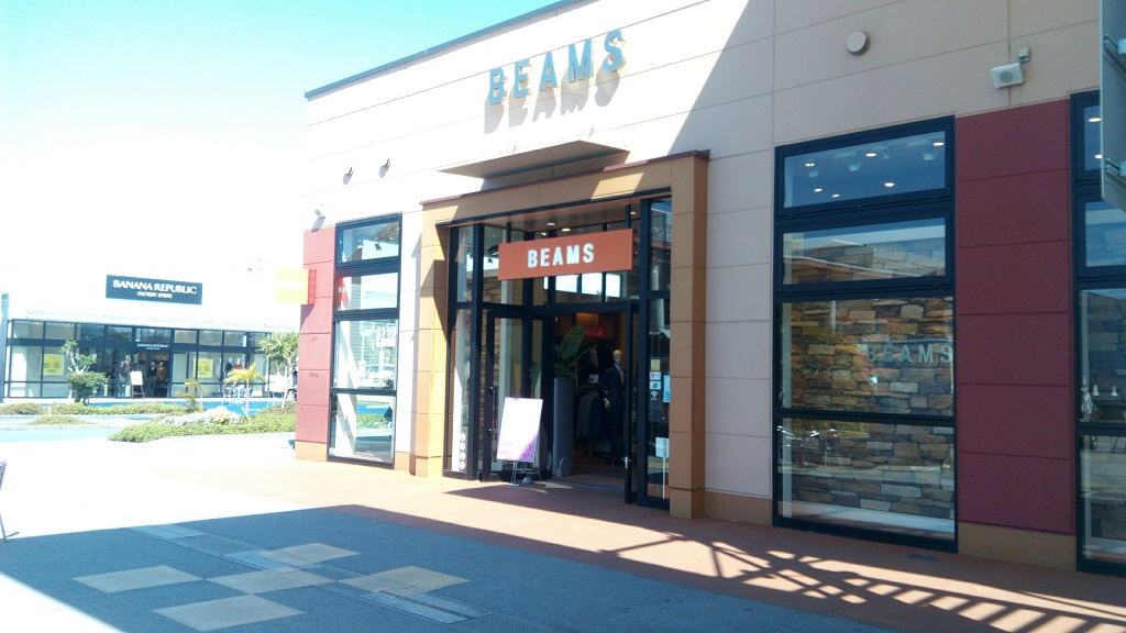 BEAMS shop in Okinawa outlet mall ASHIBINAA