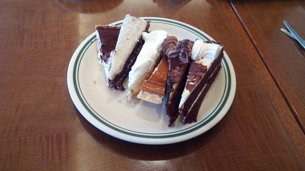 Jimmyのケーキ食べ放題2