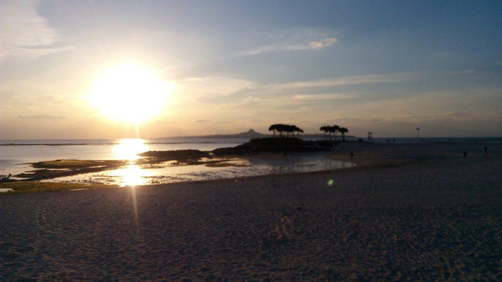 エメラルドビーチのきれいな夕日