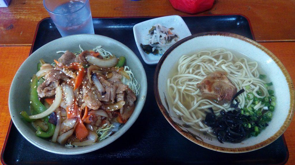 亀そばのアグー豚生姜焼き丼セット