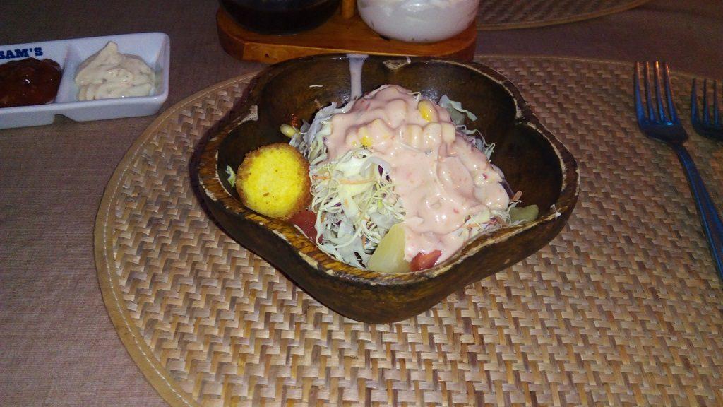 サムズカフェのサラダ