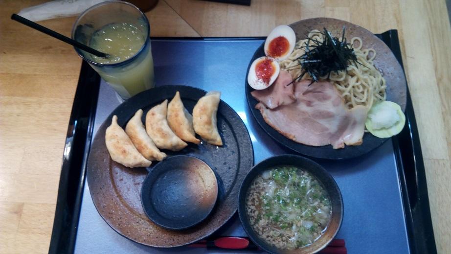 島豚つけ麺と餃子