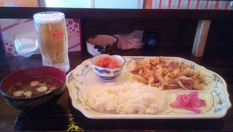 Fu-Chanpuru meal and beer