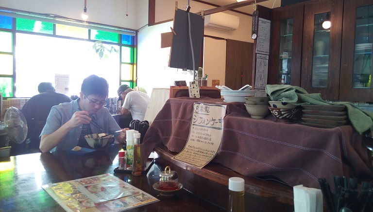 Inside shops of Yoshimoto shokudou