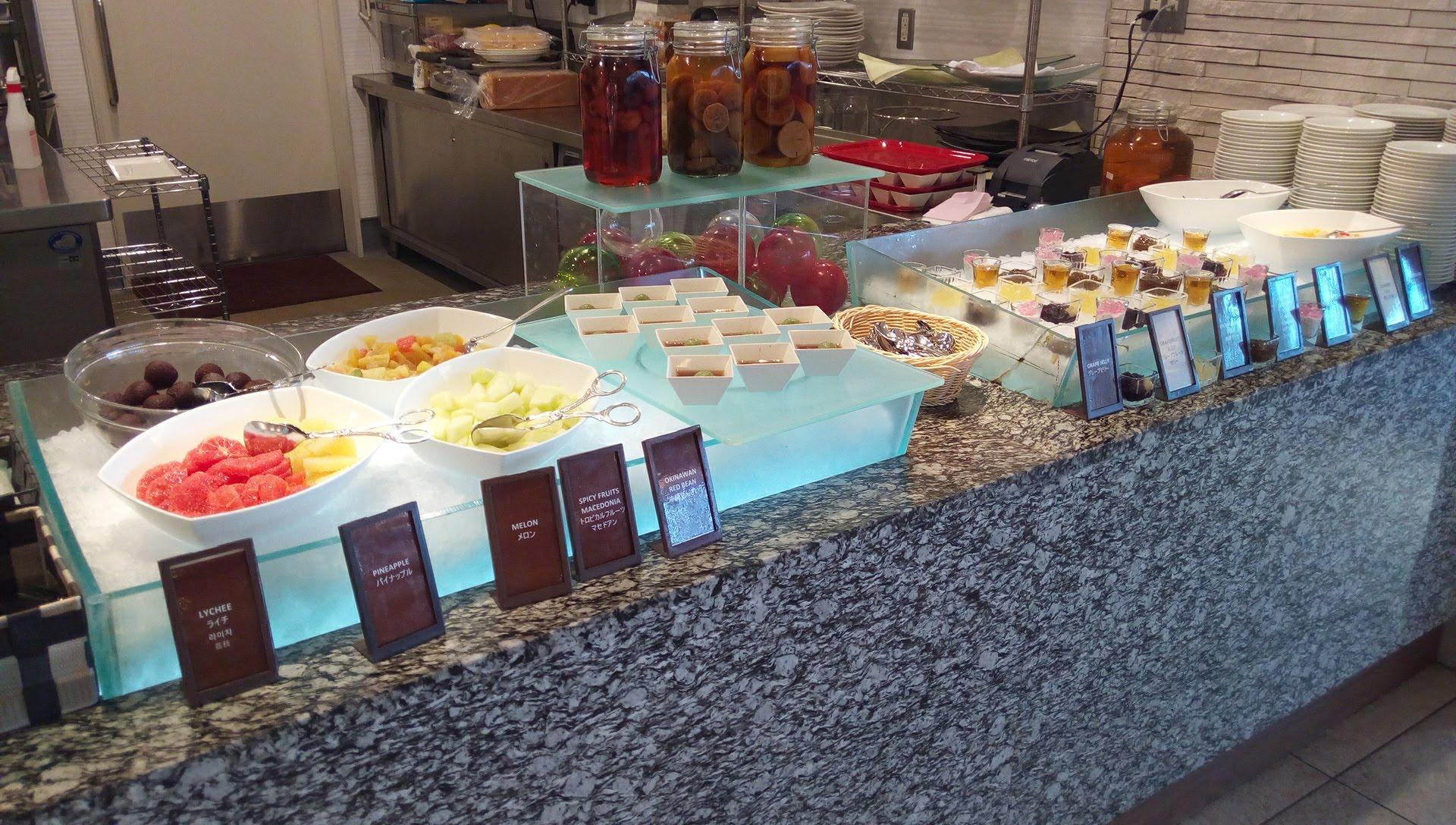 abundant variety of dessert SURIYUN 2
