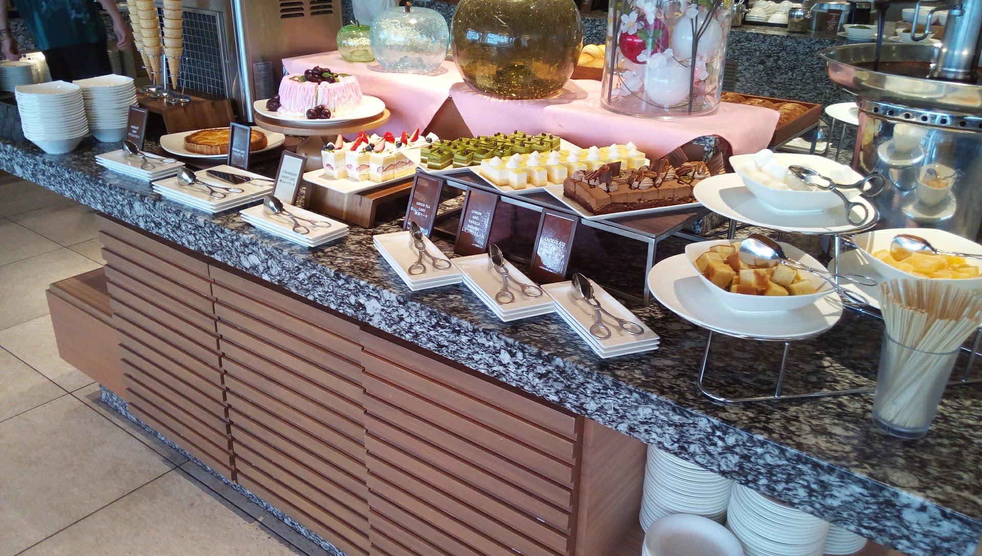 abundant variety of dessert SURIYUN 1