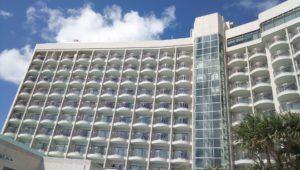 那覇ロワジールホテルでスイーツたっぷりのランチバイキングを食べてきました