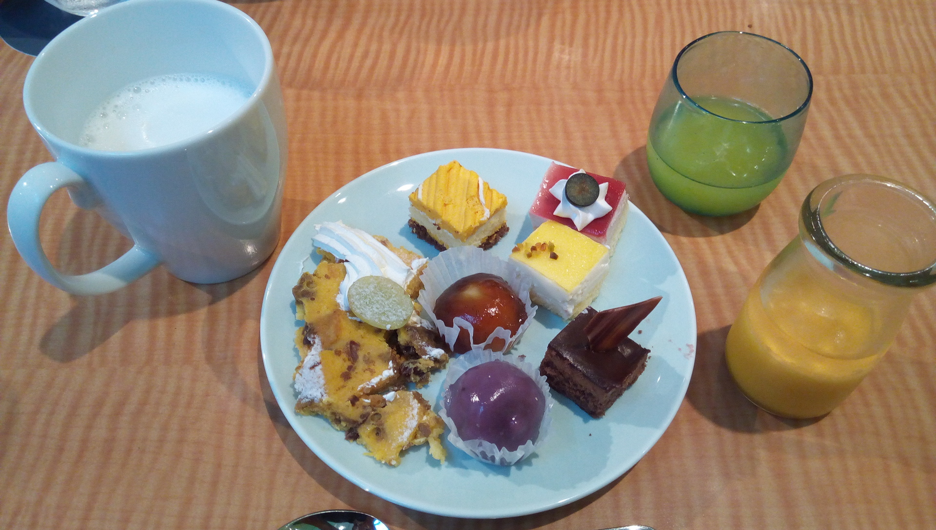 Assorted sweets of 5th dish