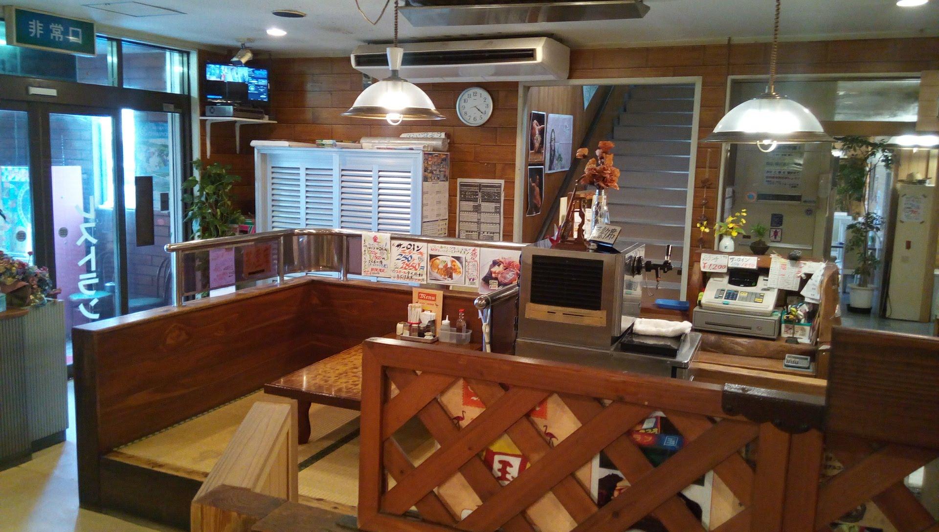 レストラン国の店内写真 2