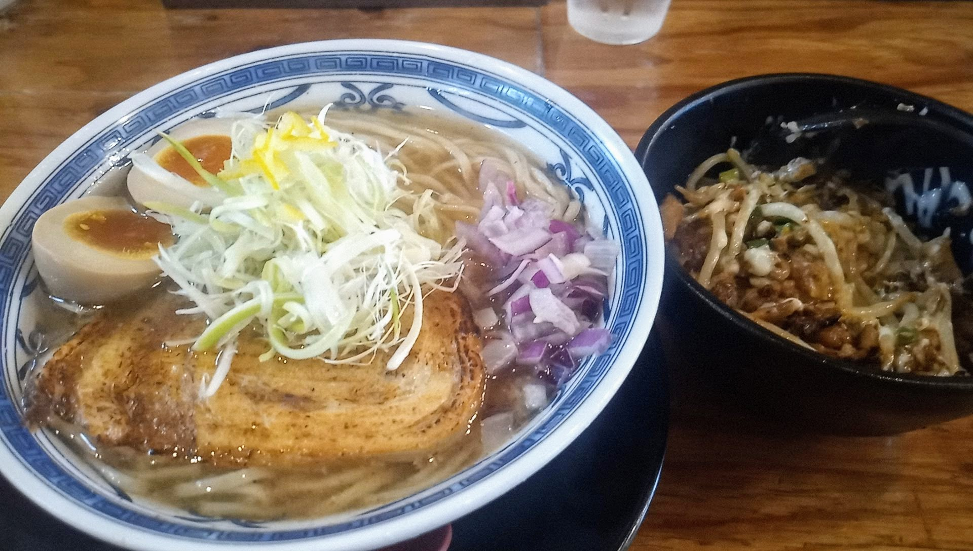 マグロ節塩そばと豚マヨ丼