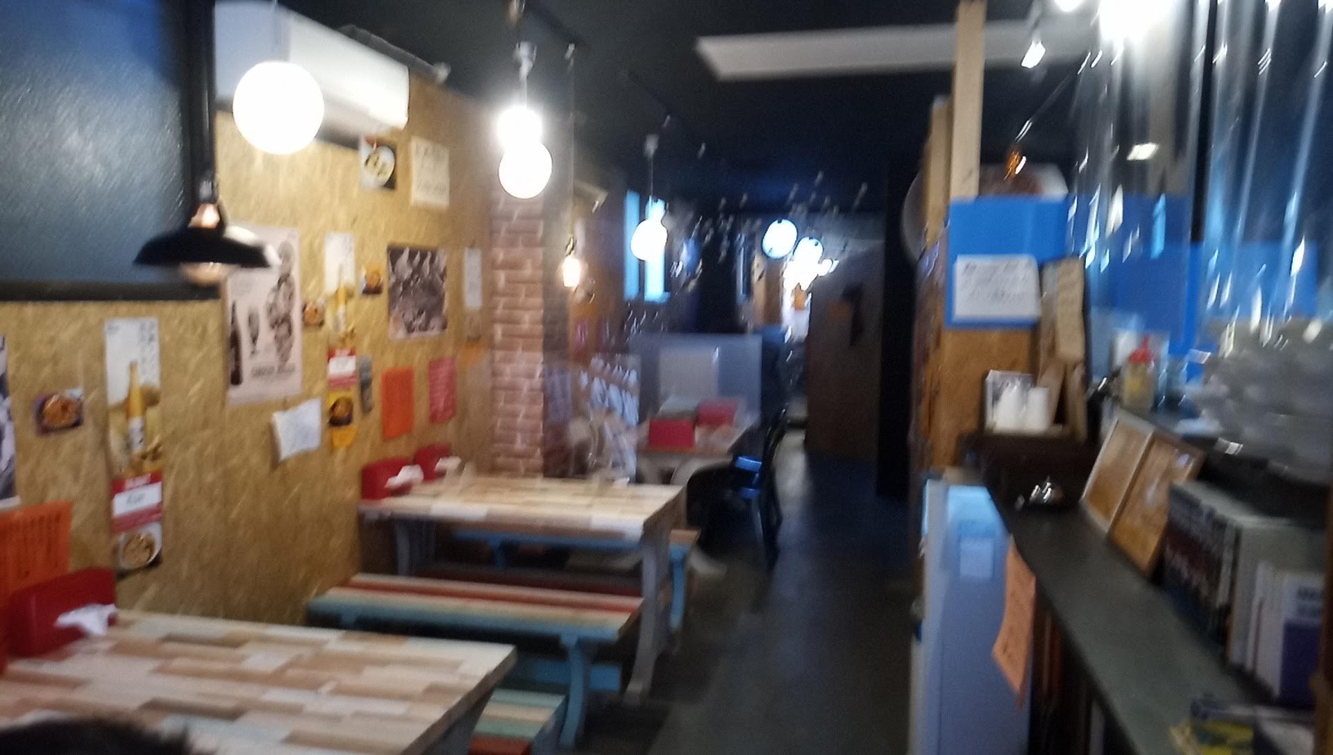 ビーガンレストラン オレンジ食堂の店内